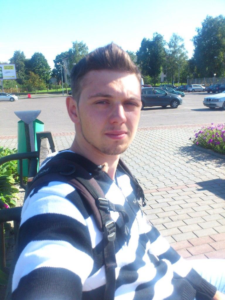 Петров Иван - RoQxB0WTF s